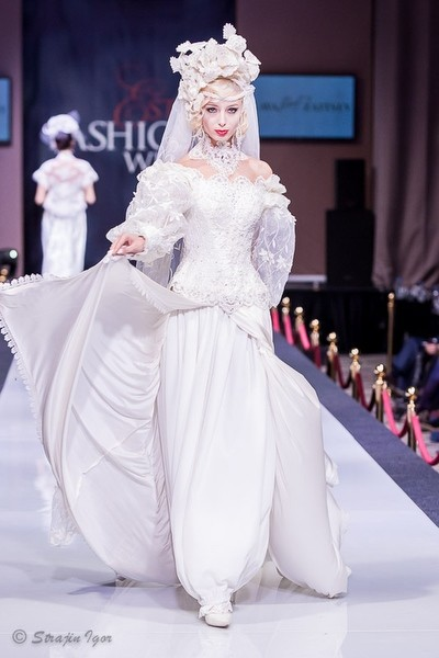 Дом моды Slava Zaitsev на Estet Fashion Week