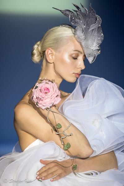 SVETLANA EVSTIGNEEVA «ICED FLOWERS»