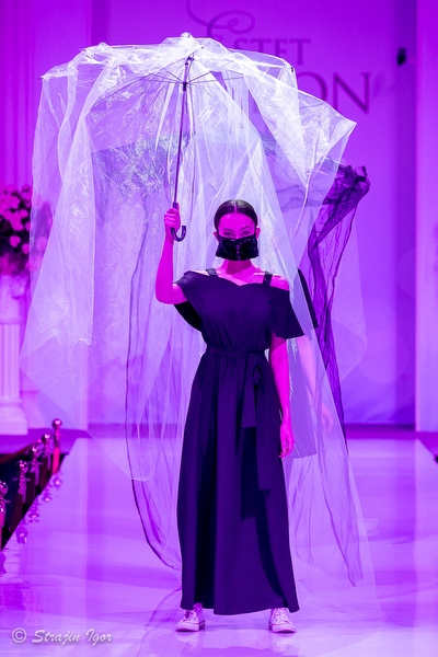 Катя Вихрь на Estet Fashion Week