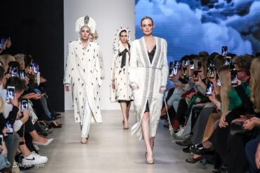 Показ коллекции Julia Dilua на Mercedes-Benz Fashion Week Russia.