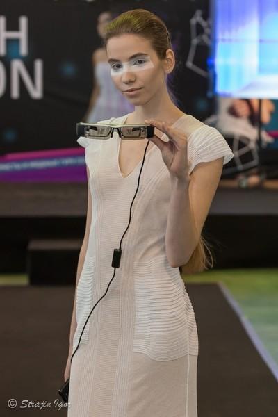 KSENIASERAYA показ на Hi-tech Fashion Show