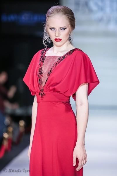 Показ LAVALLIERE на неделе моды Estet Fashion Week.