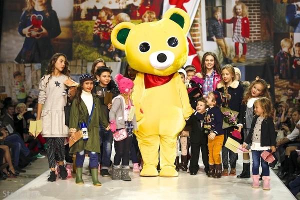 Показ японского бренда детской одежды Miki House